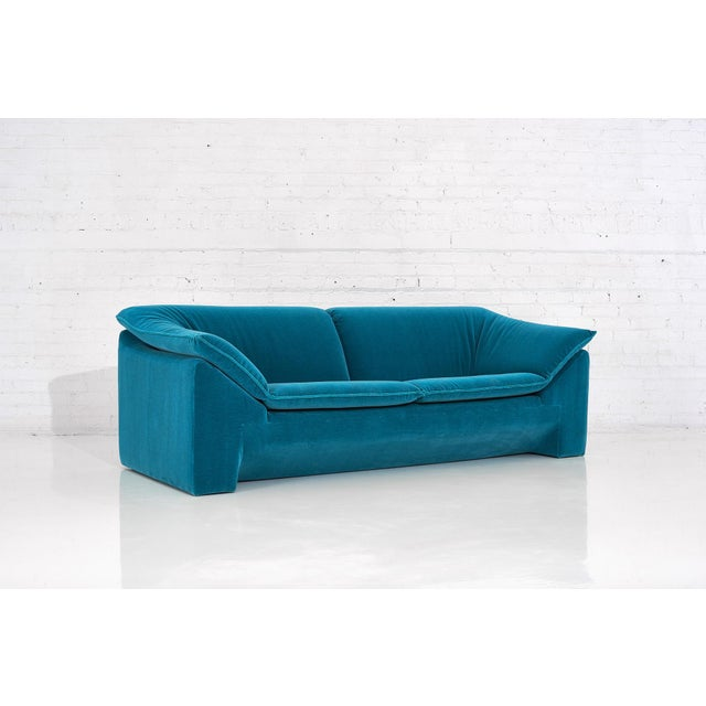 "Niels Eilersen ""Arizona"" Sofa by Jens Juul Eilersen Teal Mohair, 1970 For Sale - Image 4 of 9"