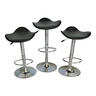 Mid Century Leather & Chrome Adjustable Height Bar Stools – Set of 3 For Sale