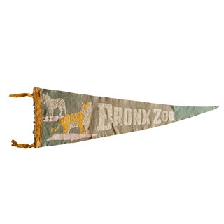Vintage Bronx Zoo Felt Flag Pennant For Sale