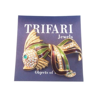 Trifari Opulent Jeweled Enamel Gilt Metal Fish Brooch C 1980s For Sale