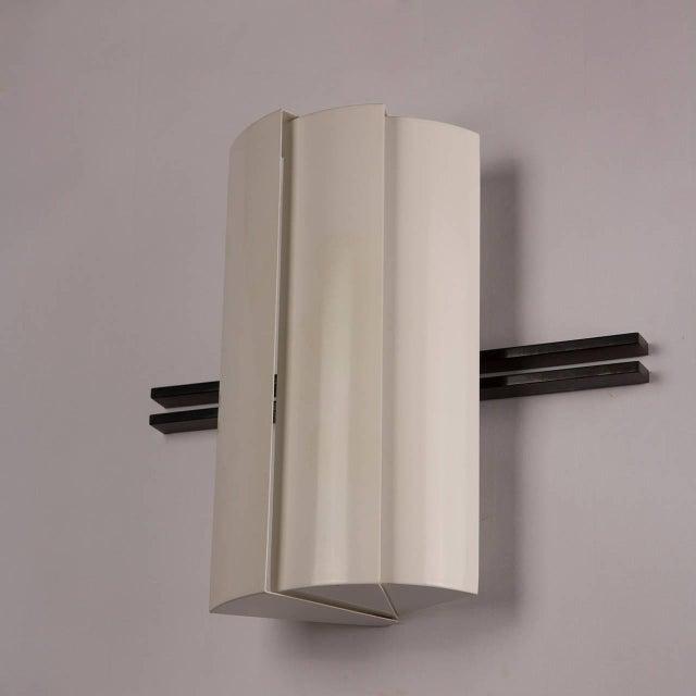 "Pair of ""Stria"" Sconces by Ernesto Gismondi for Artemide For Sale - Image 6 of 10"
