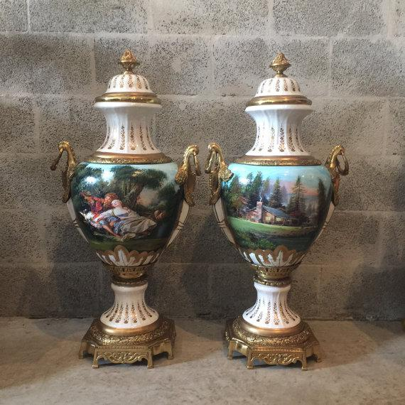 French Louis XVI Porcelain Vases - a Pair For Sale - Image 5 of 5
