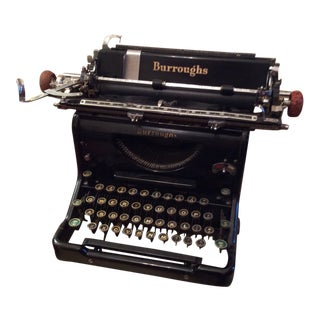 1930s Vintage Art Deco Style Typewriter For Sale