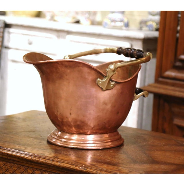 19th Century English Victorian Copper and Brass Coal Bucket For Sale - Image 10 of 10