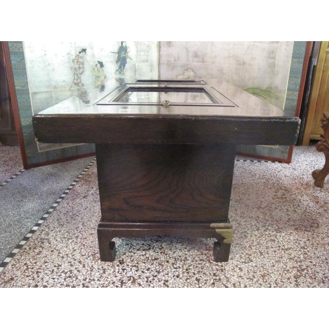 Chocolate Japanese Dark Wood Grain Hibachi Coffee Table With Drawers For Sale - Image 8 of 11