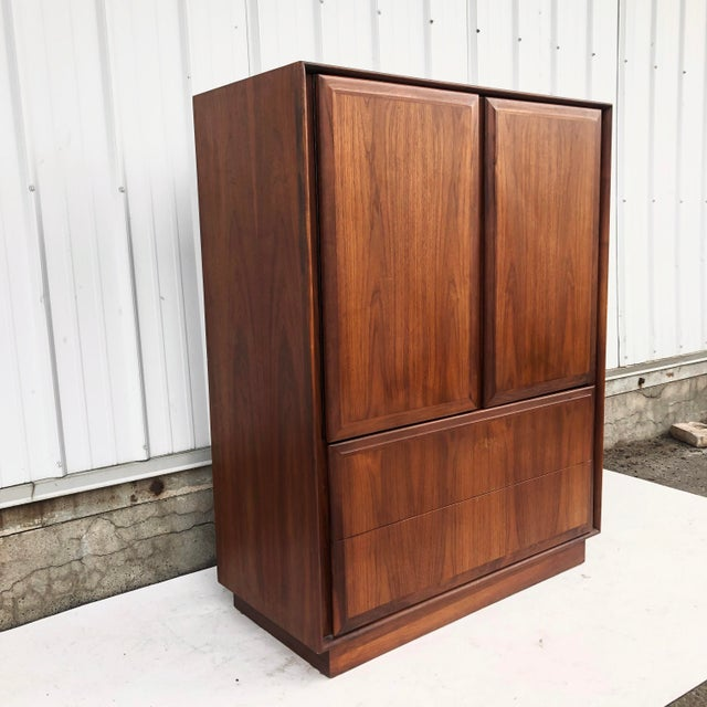 Dillingham Mid-Century Armoire Dresser by Dillingham For Sale - Image 4 of 12