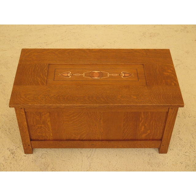 Stickley inlaid top mission oak arts & crafts blanket chest. Features high quality construction, nice inlay work, hammered...