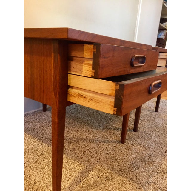 Jack Cartwright End Tables for Founders - A Pair For Sale - Image 5 of 11