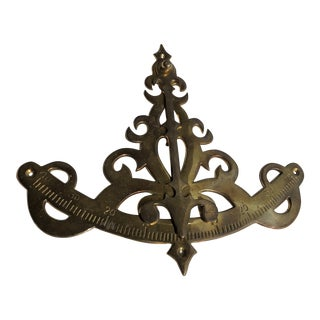 Nautical Brass Decorative Wall Sconce/Bracket for Ship/Boat/Home/Office For Sale
