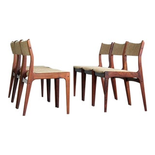 Set of Six Danish Classic Midcentury Dining Chairs in Rosewood by Uldum For Sale