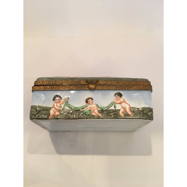 French Playing Cupids Capodimonte Box For Sale - Image 3 of 11