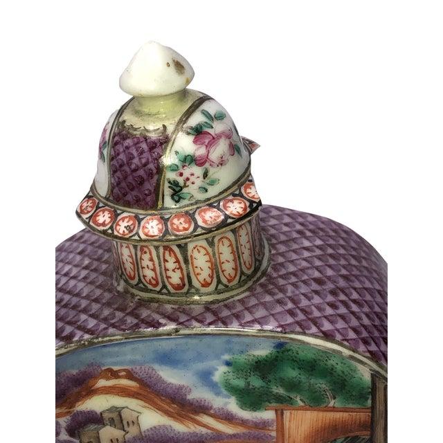18th Century 18th Century Mandarin Porcelain Tea Caddy For Sale - Image 5 of 10