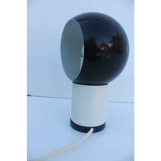Valenti & Co. Italian Mod White & Black Table Lamp - Image 3 of 9