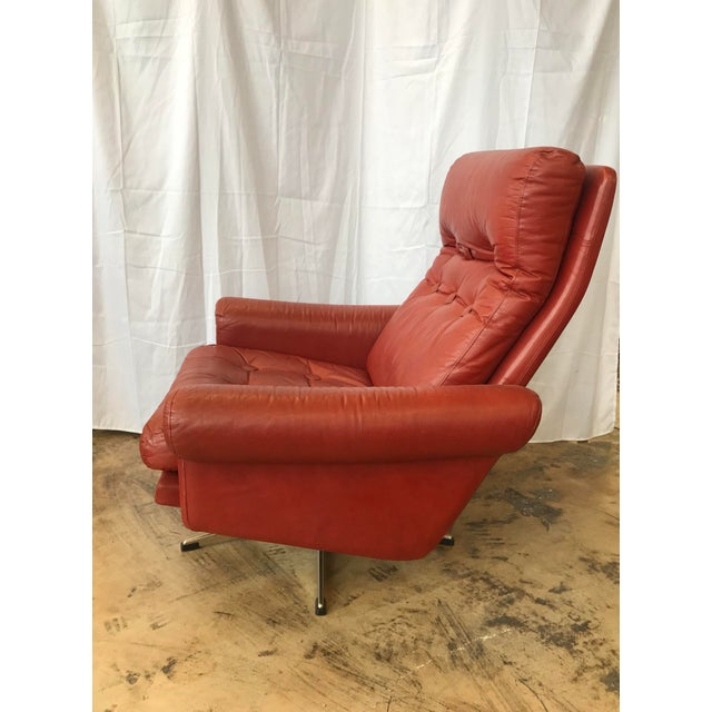 1960s Mid Century Modern Red Leather Swivel Chair For Sale - Image 4 of 9