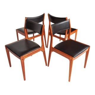 Danish Teak Dinning Chairs by Johannes Andersen Uldum Møbelfabrik For Sale
