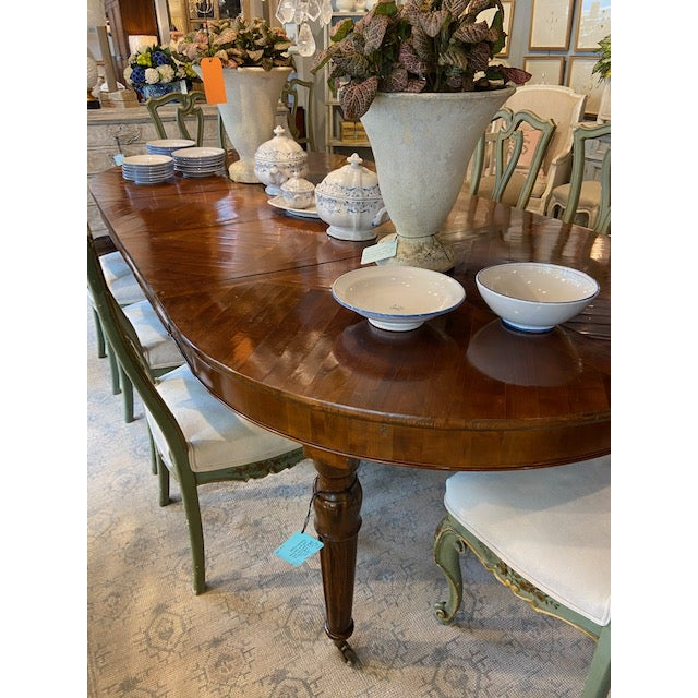 Mid 19th Century Italian Mahogany Dining Table with Four Leaves For Sale - Image 5 of 6