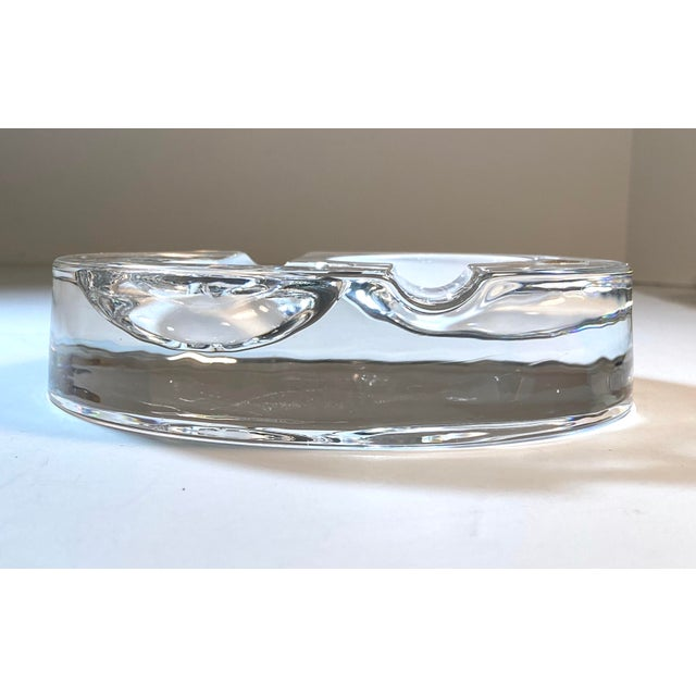 1990s Dresden Round Crystal Double Pipe Rest Holder For Sale - Image 5 of 7