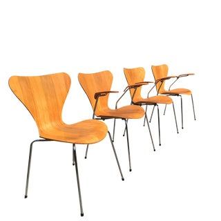 1980s Arne Jacobsen for Fritz Hansen 3107 Butterfly Chairs- Set of 4 For Sale
