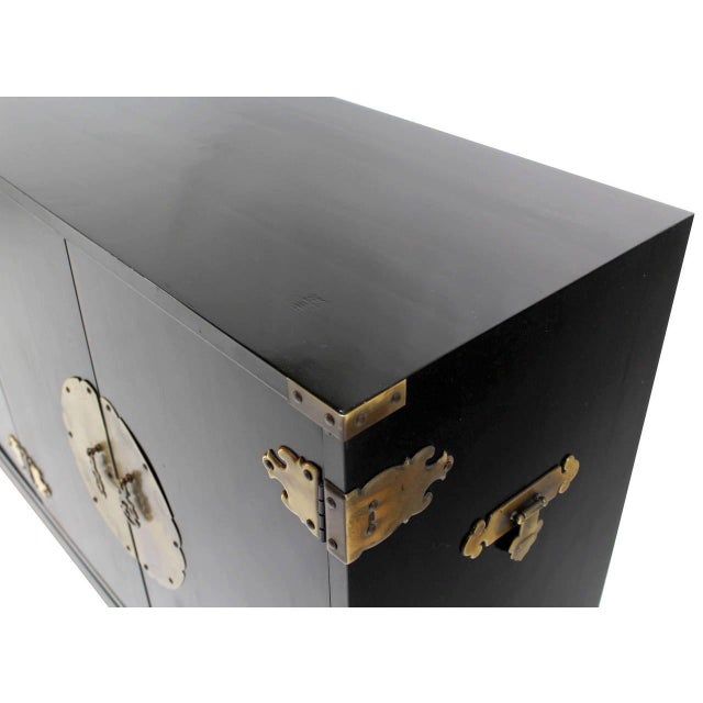 Black Black Lacquer Oriental Mid-Century Modern Sideboard or Credenza For Sale - Image 8 of 9