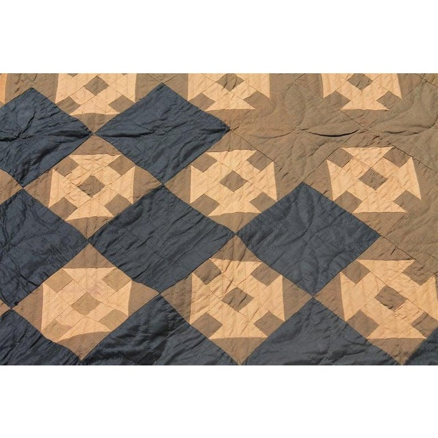 19th Century Amish Hole in the Barn Door Quilt, Dated 1890 For Sale - Image 4 of 8