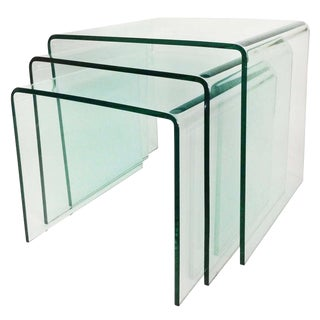 1970s Mid-Century Modern Fiam Italia Bent Glass Nesting Tables - Set of 3 For Sale