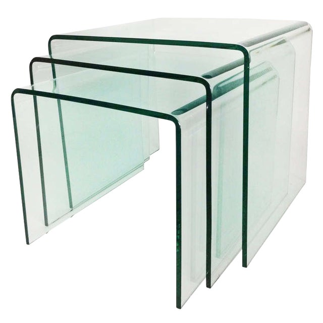 1970s Mid-Century Modern Fiam Italia Bent Glass Nesting Tables - Set of 3 For Sale