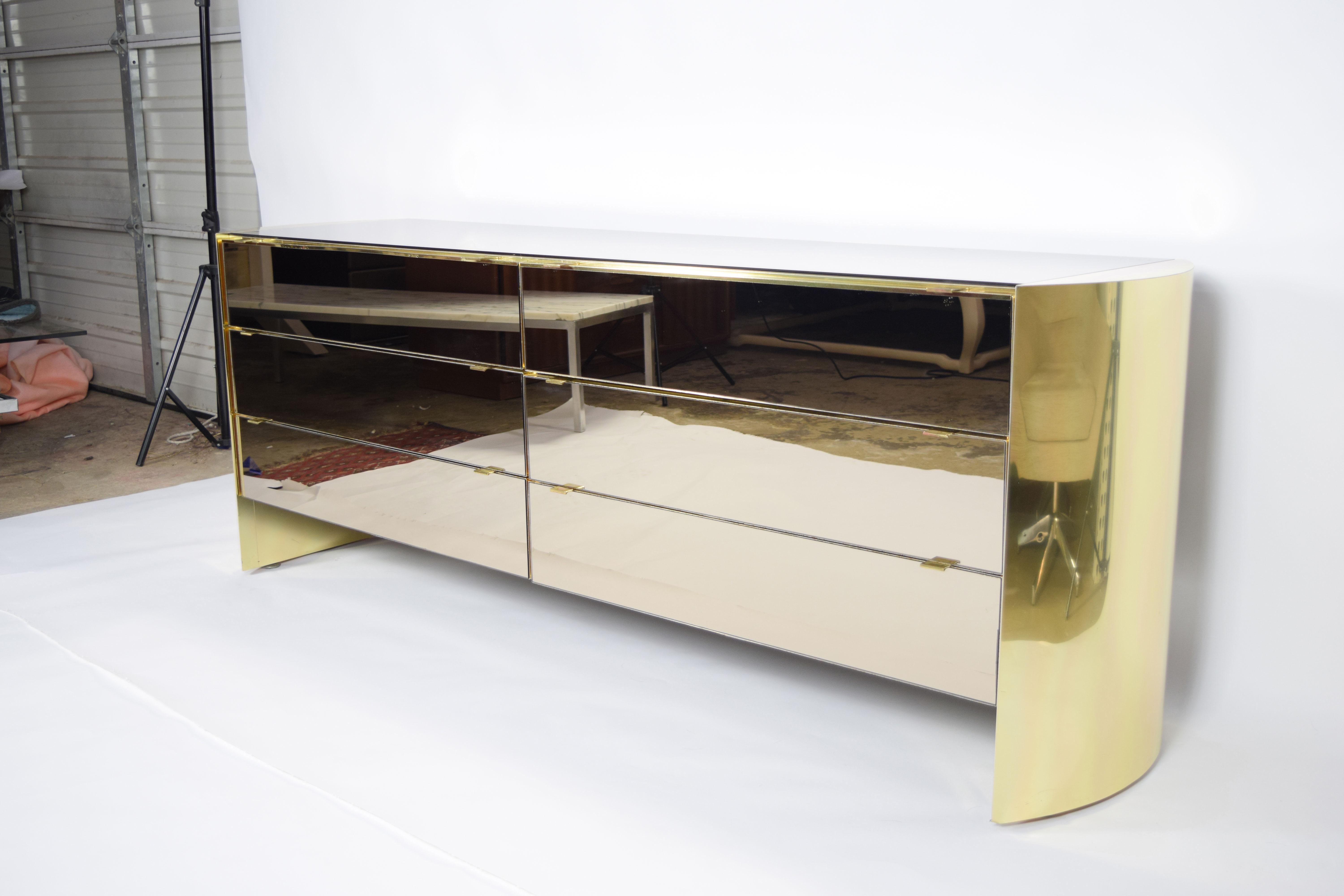 Incroyable Ello Furniture Smoked Mirror And Brass Finish Cabinet By Ello For Sale    Image 4 Of