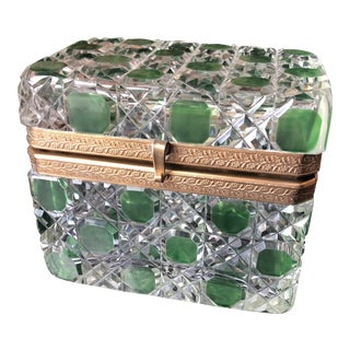 French Sugar Casket in Emerald Green Crystal For Sale