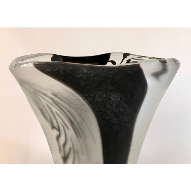 Contemporary Contemporary Modern Black White and Crystal Clear Murano Glass Sculptural Vase For Sale - Image 3 of 13