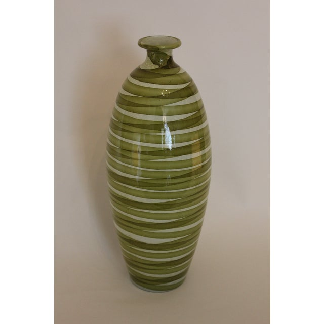 Early 21st Century Spanish Painted Green Swirl Pattern Ceramic Vase For Sale - Image 5 of 5