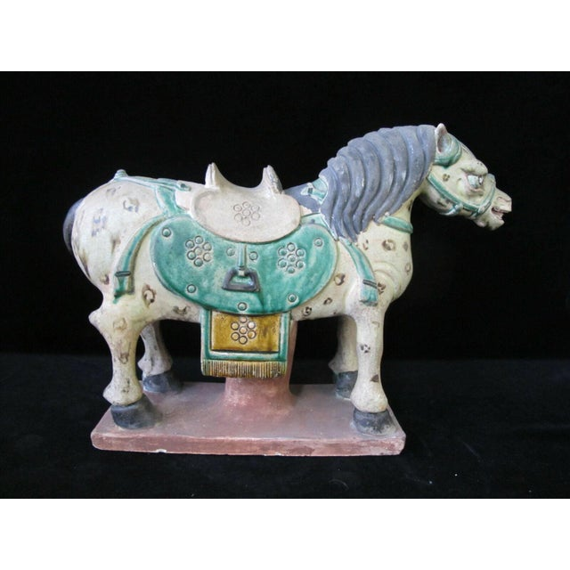 Early 20th Century Horse on Stand Chinese Green Sancai Glaze Terra Cotta Pottery Figurine For Sale In Portland, OR - Image 6 of 11