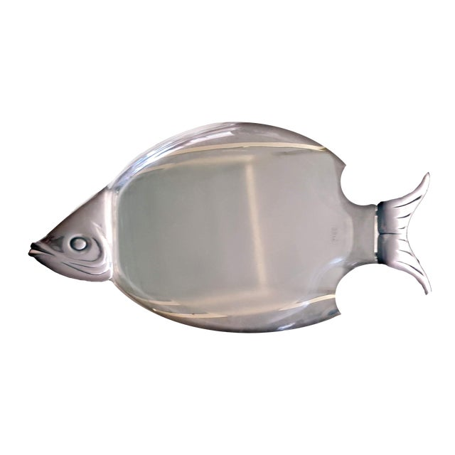 1960s Lucite Fish Shaped Serving Platter With Aluminum Head and Tail For Sale