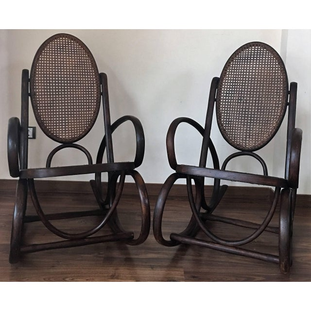 Mid 20th Century Midcentury Elegant Rattan Pair of Rocking Chairs in the Thonet Style For Sale - Image 5 of 10