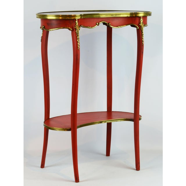 French Provincial Painted & Bronze-Mounted Kidney Shape Accent Table For Sale - Image 12 of 12