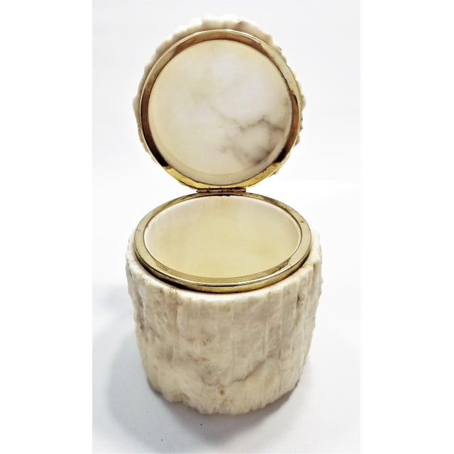 Rare Heavy Vintage Italian Alabaster Marble Jewelry Box - Italy Mid Century Modern Palm Beach Boho Chic For Sale In Miami - Image 6 of 13