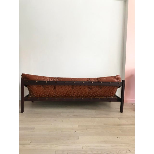 1960s Jean Gillon Brazilian Rosewood Leather Sling Sofa by Italma For Sale - Image 5 of 9