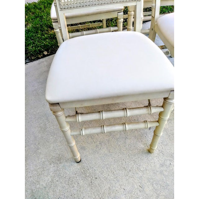 1980s Set of Vintage Stakmore Palm Beach Regency Faux Bamboo Cane Off White Folding Chairs Set of 4 For Sale - Image 5 of 7
