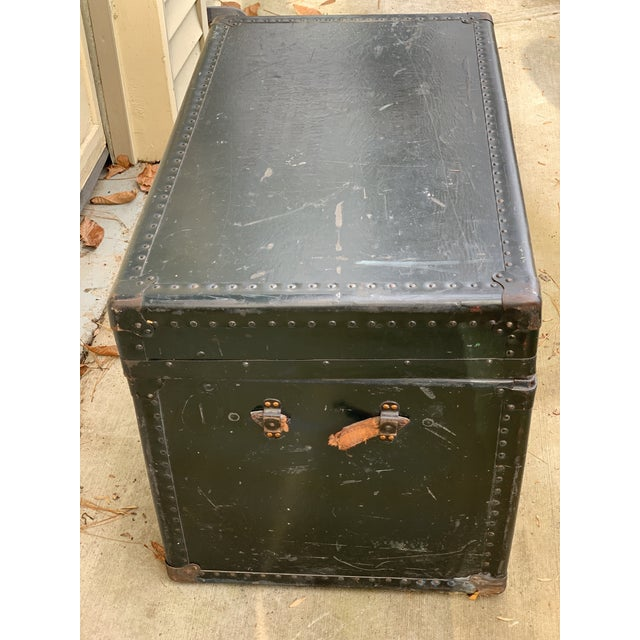 1940s Traditional Leather Trunk For Sale - Image 4 of 5