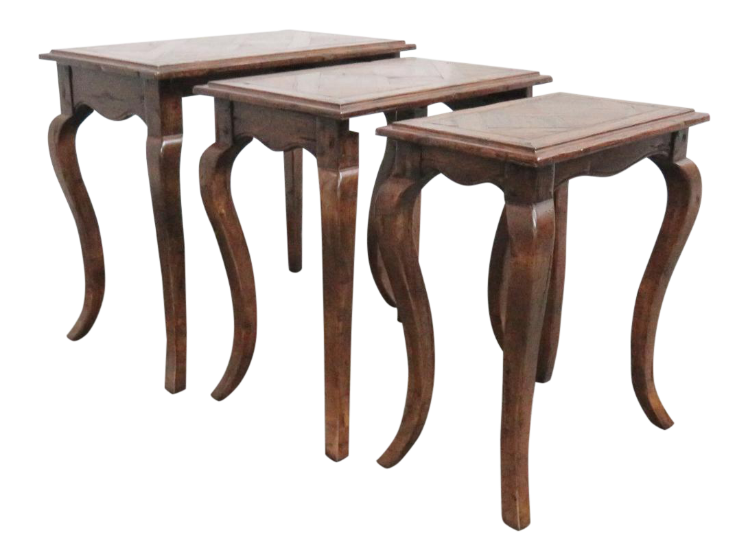 Charmant French Country Oak Nesting Tables   3 Pieces