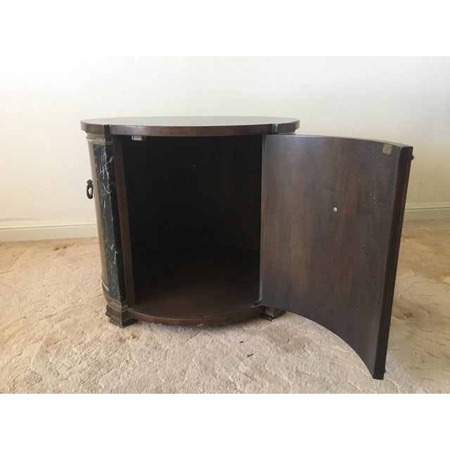 Classical Style Faux Marble & Laminate End Table - Image 4 of 6