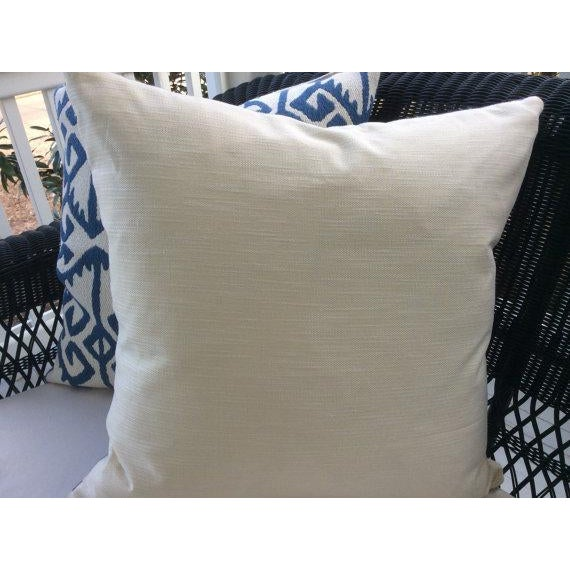 """Manuel Canovas Pillows in """"Kerala"""" Blue & White Woven Aztec Pattern - APair For Sale - Image 4 of 5"""