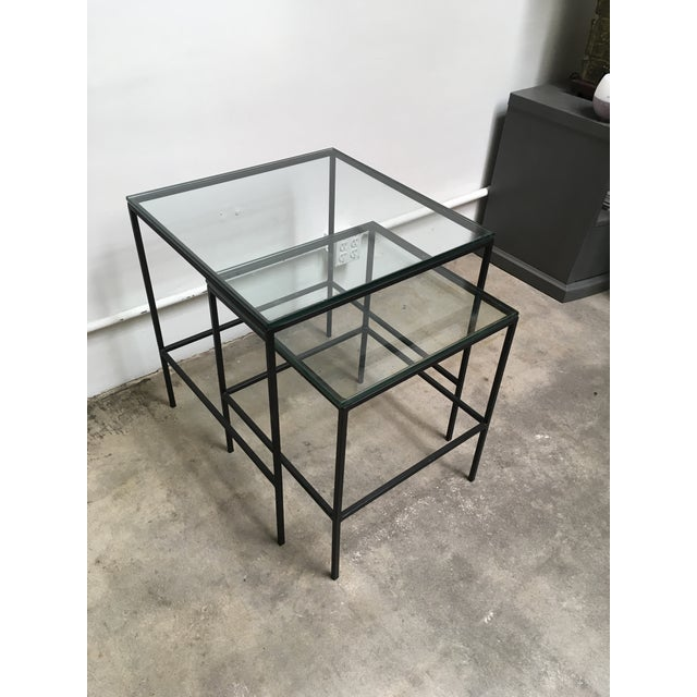 Paul McCobb 1950s Mid Century Modern Black Iron Frame & Glass Top Nesting Tables - 2 Pieces For Sale - Image 4 of 13