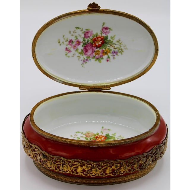 French Extra Large Porcelain French Hinged Jewelry Box For Sale - Image 3 of 7