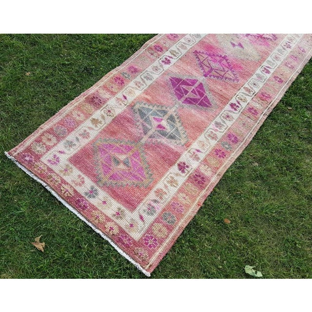 Textile 2.8 X 12.7 Vintage Boho Chic Hand Knotted Muted Coloured Carpet, Anatolian Kurdish Runner With Multi Medallion Design, Long Oushak Hall Rug For Sale - Image 7 of 11