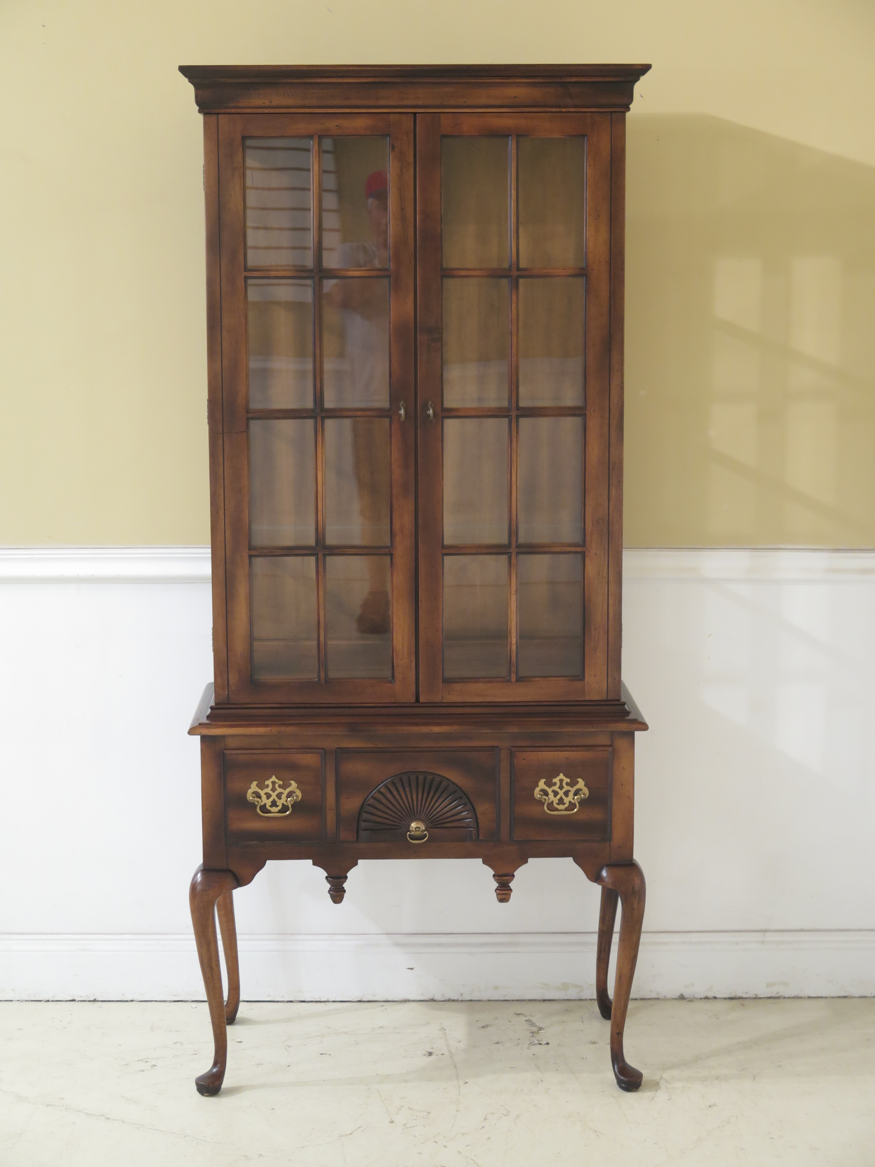 1980s Queen Anne Globe Solid Cherry Lighted Curio Display Cabinet