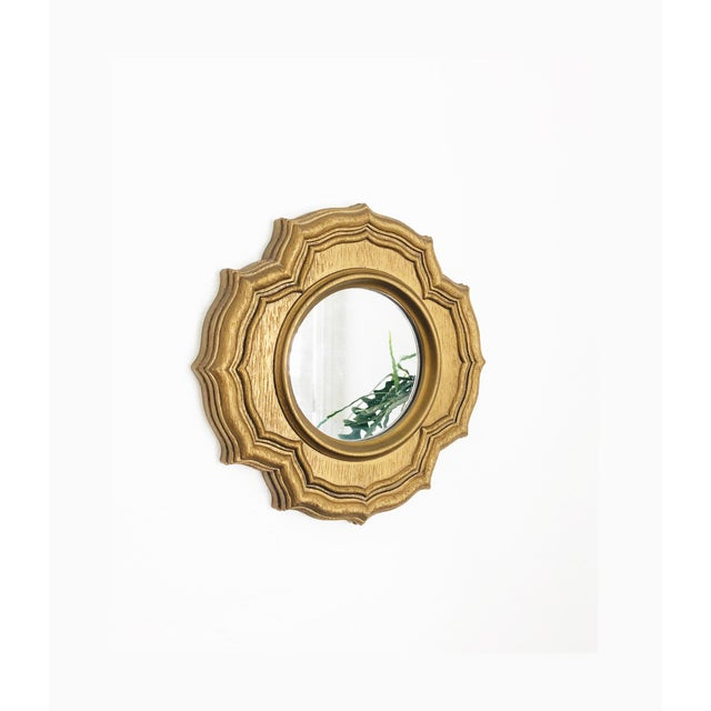 Vintage Petite Faux Gilt Wood Round Mirror For Sale In San Francisco - Image 6 of 6