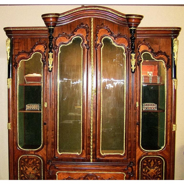 19c French Neo-Classical Revival Style Vitrine - Imposing Piece For Sale - Image 10 of 12