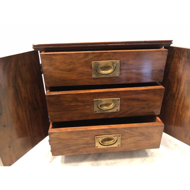 Mid 19th Century 19th Century Mahogany Man's Jewelry Case For Sale - Image 5 of 10