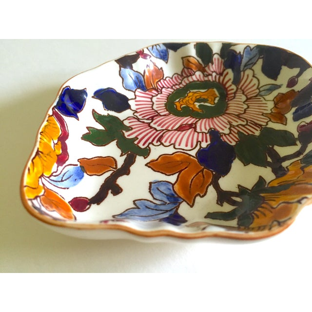 Gien France Rare Vintage 1985 Faience Ruffle Edge Small Hand Painted Floral Ceramic Dish For Sale - Image 11 of 13