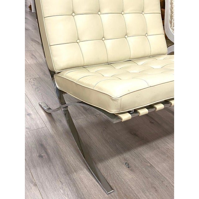 Vintage Leather Barcelona Lounge Chair Beige Chrome Made In Italy Beautiful Nice overall condition. No rips or tears....